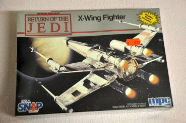 Snap together X-Wing Fighter 20 cm (mpc/Ertl)